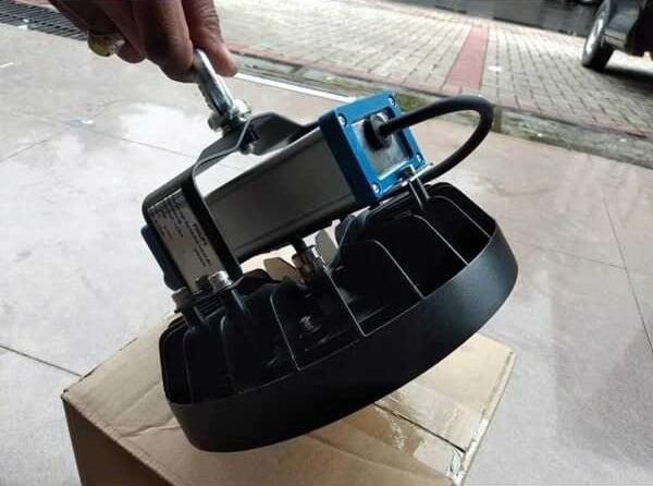 Đèn kho lạnh nhà xưởng certaFlux highbay module 125w Philips