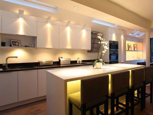đèn led chiếu điểm phòng bếp