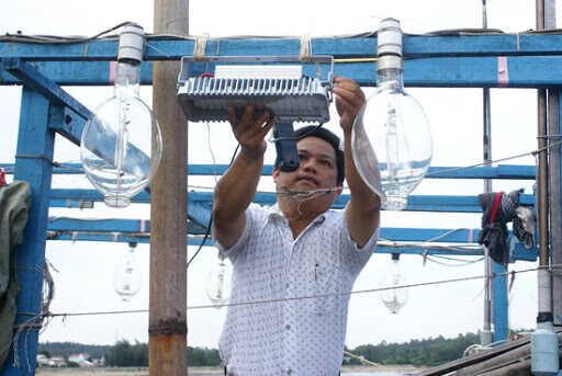 đèn led đánh cá đèn tàu biển đèn đi biển