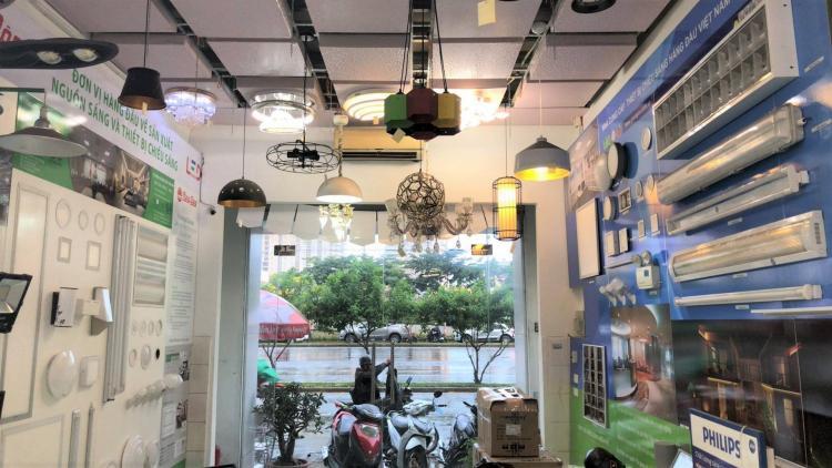 đại lý showroom đèn led philips tại hcm