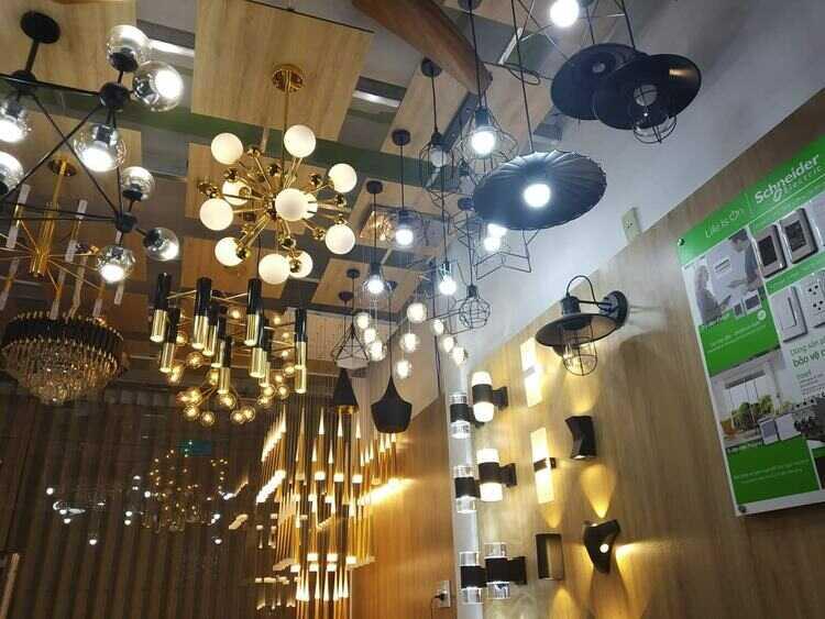 mua đèn trang trí trần nhà ở đâu
