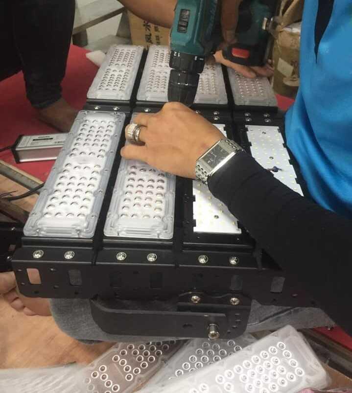 sản xuất đèn led oem philips